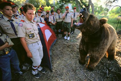 Photo: Ruth LaBarge's trained bear is all roar and no bite for a group of Boy Scouts in southern California.