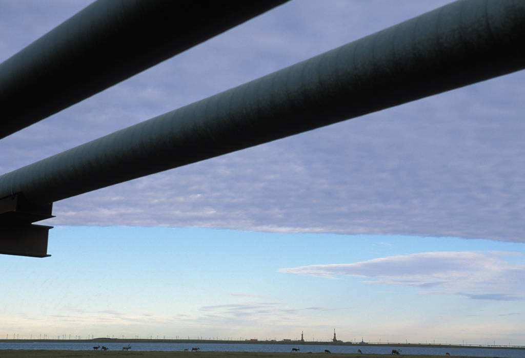 Photo: Oil pipeline in Prudhoe Bay, Alaska.