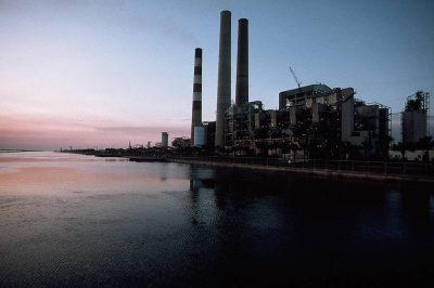 Photo: Power plant near Apollo Beach, Florida.