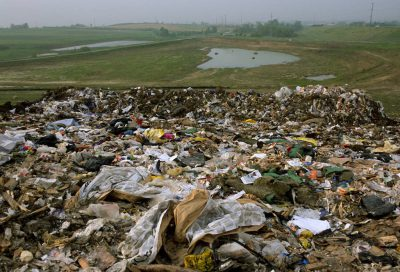 Photo: A landfill next to a lagoon in Lincoln, Nebraska.