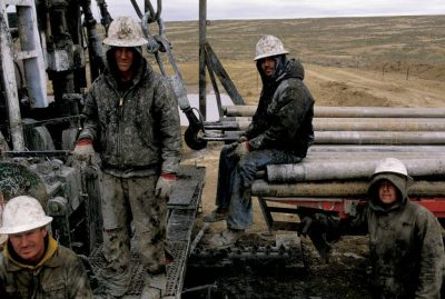 Photo: Drillers take a rest after working to free gas in Buffalo, Wyoming.