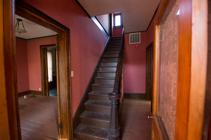 Photo: The interior of the fourth oldest home in Lincoln, Nebraska.