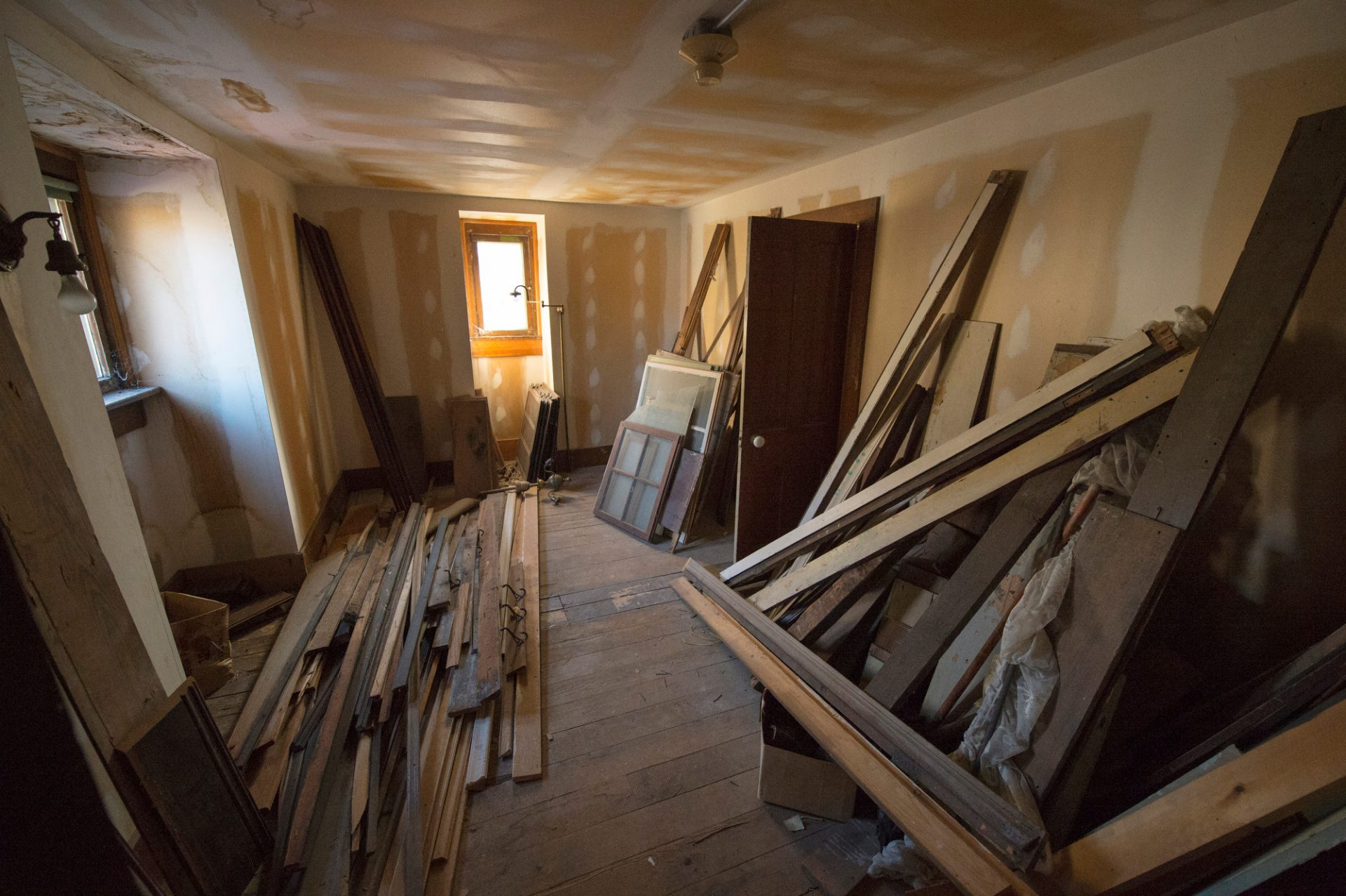 Photo: The fourth oldest home in Lincoln Nebraska begins to be restored.
