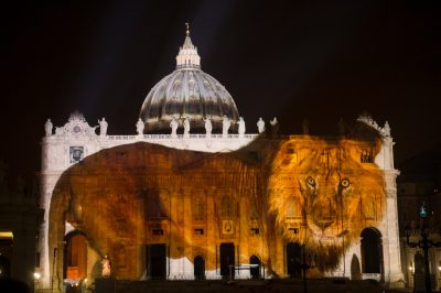 Photo: An African male lion is projected onto the Vatican in an effort to raise awareness for the extinction crisis.