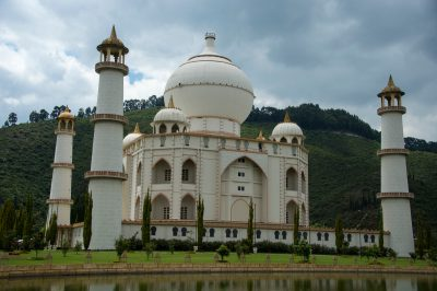 Photo: A replica of the Taj Mahal at Parque Jaime Duque in Columbia.