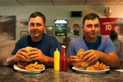 Photo: Twin farmers enjoy lunch in Oxford, Nebraska.