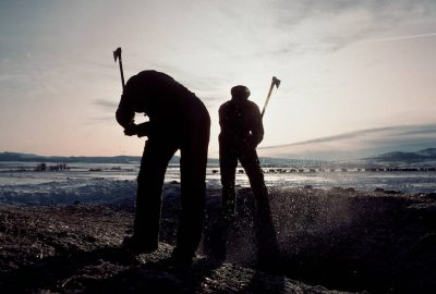 Photo: Workers at the Flournoy Ranch in northern California use axes to break the ice from a watering hole.