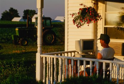 Photo: A farmer checks market reports on his computer in Flatville, Illinois.
