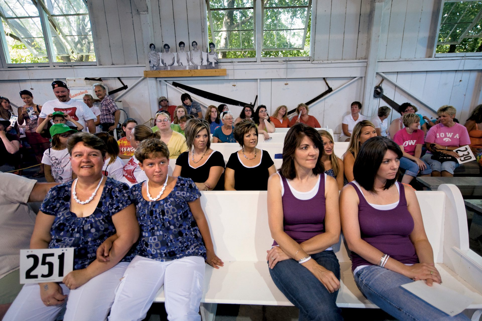 Photo: The look-alike contest for mothers and daughters at the Iowa state fair.