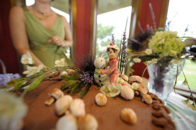 Photo: A wedding cake.