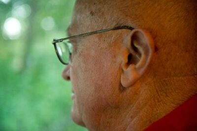 Photo: Portrait of a senior man in Nebraska.