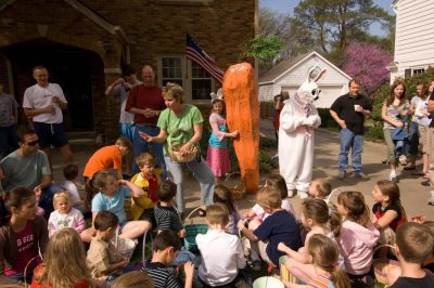 Photo: A group of kids and adults gather to hunt for Easter eggs in Lincoln, Nebraska.