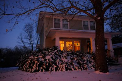 Photo: A Christmas tree can be seen from the street in Lincoln, Nebraska.