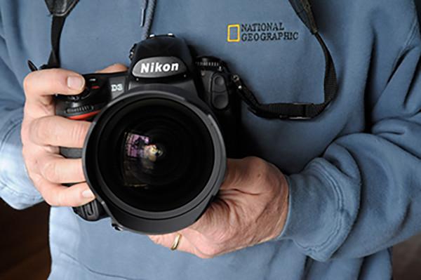 Photo: Nikon D3 in the hands of Joel Sartore