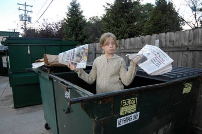 Photo: A 10-year-old expresses her love for recycling.
