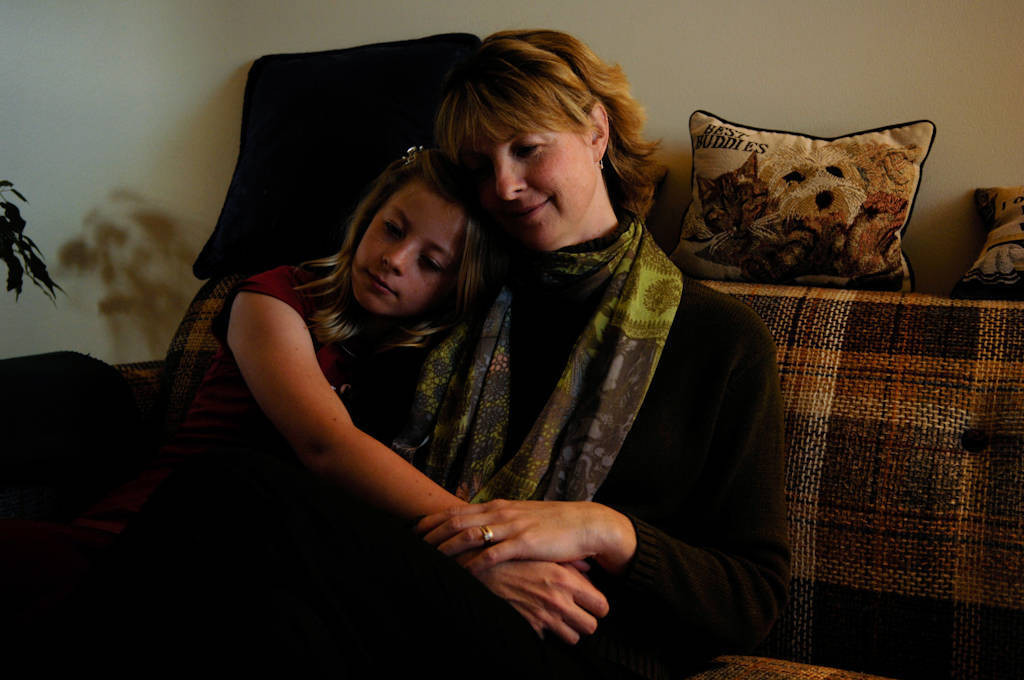 Photo: A mother and daughter relax in Hastings, NE.