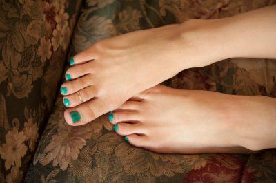 Photo: A close up of a teenage girls feet, Lincoln, NE.