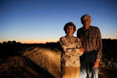 Photo: Portrait of a senior Nebraska farm couple.