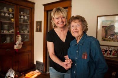 Photo: A woman with her elderly mother in Lincoln, Nebraska.