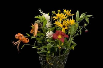 Photo: A bouquet of garden flowers.