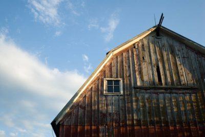 Photo: An old barn on a farm near Princeton, Nebraska.