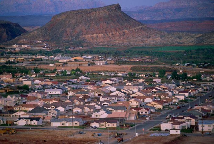 Photo: The town of Saint George a suburban sprawl in southwestern Utah.