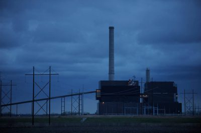 Photo: Coal-fired power plant at Nebraska City.