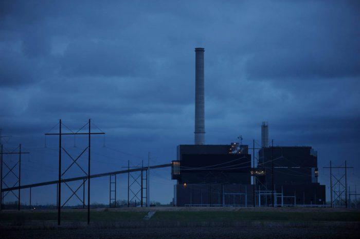 Photo: Coal-fired power plant at Nebraska City.