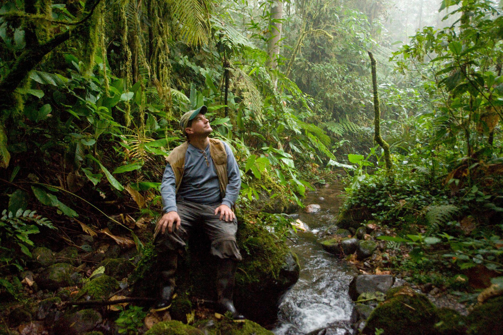 Photo: Joel Sartore in the cloud forest reserve near Mindo, Ecuador.