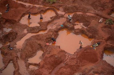 Photo: Gold mining in the watershed or 'buffer zone' between the Mt. Gorongosa area and Gorongosa National Park.